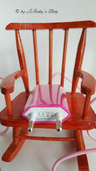 Ladegerät und Ladekabel Pink