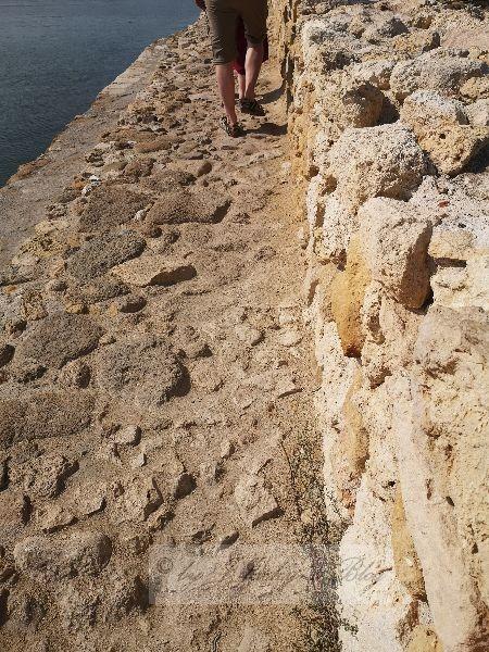 Hafenmauer oben