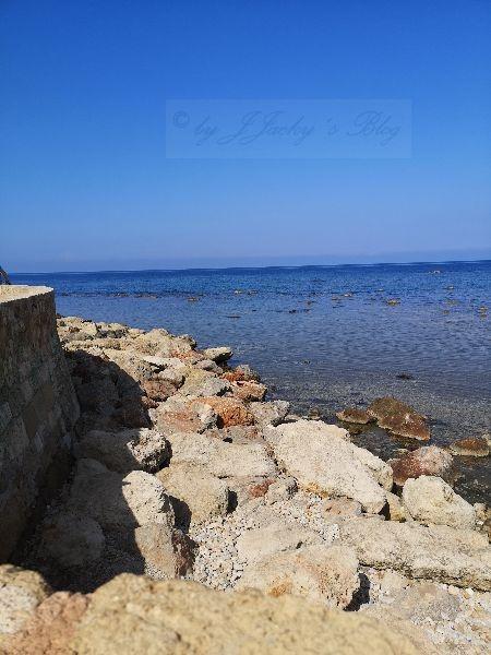 Blick von der Hafenmauer