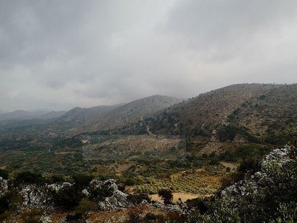 Blick von Sfendoni Cave 3