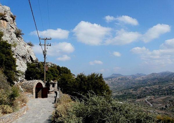 Eingang zur Sfendoni Cave